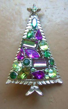 Hollycraft Christmas Tree Brooch Pin Rhinestone Vintage Holiday