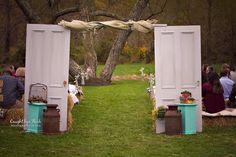 #wedding #vintage #fall #fallwedding #bride #bridal #groom #western #cowboy #cowgirl #weddingdress