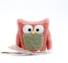 Needle Felted Owl. via Etsy.