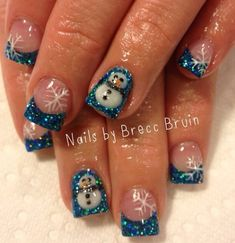 3D acrylic Winter nail art you can find the artist on Instagram #nailsbybreccbruin.