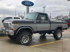 old pickup trucks Big Ford Trucks, 1979 Ford Truck, Classic Ford Trucks, Chevy Pickup Trucks, 4x4 Trucks, Custom Trucks, Lifted Trucks, Cool Trucks, Ford 4x4