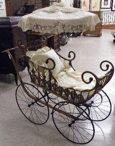 victorian baby carriage | 164: VICTORIAN BABY CARRIAGE WITH PARASOL, Heywood Bro : Lot 164