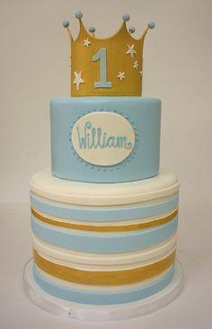 Birthday cake - the crown is pretty cute! Prince Birthday Theme, Baby Boy Birthday Cake, Gold Birthday Cake, Baby Boy Cakes, First Birthday Cakes, Cakes For Boys, First Birthday Parties, Birthday Ideas, Christening Cake Boy