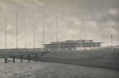 Scheveningen Radio op Sluiseiland, Kees heeft nog 3 jaar in dat gebouw gewerkt.