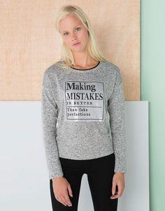 http://www.bershka.com/mx/es/bershka/bershka/new/camiseta-bsk-bordado-lentejuelas-c1132031p4867010c812.html