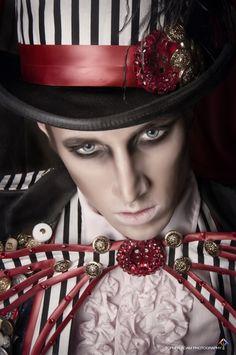 #costume      #hat      #bowtie      #stripes      #steampunk      #makeup      #gentleman