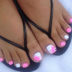 Peek a boo, guess who's coming to see you? Pretty Toe Nails, Cute Toe Nails, Pretty Toes, Toe Nail Art, Toenail Art Designs, Pedicure Designs, Toe Nail Designs, Summer Toe Nails, Beach Nails