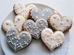 white and silver heart cookies Cookies Cupcake, Fancy Cookies, Cookie Icing, Heart Cookies, Iced Cookies, Biscuit Cookies, Cute Cookies, Royal Icing Cookies, Sugar Cookies