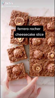Cheesecake Deserts, No Bake Chocolate Cheesecake, Chocolate Slice, Chocolate Sweets, Cheesecake Recipes, Xmas Food, Christmas Desserts, Christmas Baking, Milk Recipes