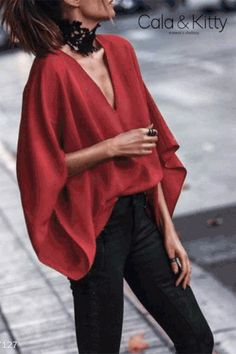 Go through the wonderful gallery of Summer Fashion images and choose a summer casual outfit according to your body type and personal choice. Fashion 2018, Look Fashion, Fashion Outfits, Womens Fashion, Fashion Tips, Fashion Blouses, Ladies Fashion, Modest Fashion, Indian Fashion