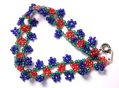 Pulsera con ojales - pictures are enough. #seed #bead #tutorial