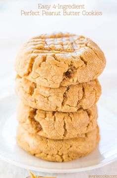 Easy 4-Ingredient Perfect Peanut Butter Cookies #delicious #recipe #cake #desserts #dessertrecipes #yummy #delicious #food #sweet