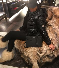 Best Baddie Outfits Part 6 Fall Winter Outfits, Winter Wear, Autumn Winter Fashion, Winter Fits, Winter Looks, Baddie Outfits For School, Moncler Jacket Women, Style Feminin, Mode Ootd