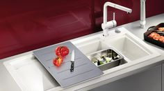 What to look out for when buying a new kitchen sink. Stainless steel sink, granite sink, ceramic sink✓ Germany's biggest sink manufacturer ✓ - does it work in y Kitchen Faucet Reviews, Cheap Kitchen Faucets, Kitchen Mixer Taps, Sink Mixer Taps, Bathroom Faucets, Kitchen Sinks, Led Spots Bad, Blanco Sinks, Inset Sink