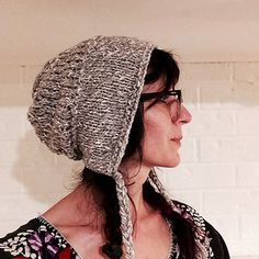 August 7th, been pondering this pattern for a while, couldn't decide what yarn to go with but today I came across the Anna yarn in our store and thought it a jolly good yarn for this project....