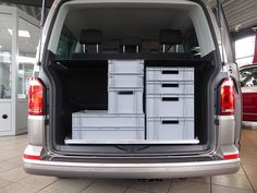 Reardrawer for California Beach with multiflexboard This rear drawer was designed for the California Beach with multiflexboard. It is a modular kit of aluminum . T6 California Beach, Vw Beach, Bali Garden, Vw T5, Back Seat, Camper Van, Camping, House, Drawer