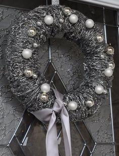 diy pot scrubber Christmas wreath 049