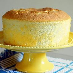 Learn how to make a light, fluffy lemon chiffon cake that's an impressive dessert for every occasion.(Cake Recipes To Try) Lemon Desserts, Lemon Recipes, Sweet Recipes, Baking Recipes, Delicious Desserts, Dessert Recipes, Light Desserts, Food Cakes, Cake Recipes