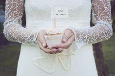 Avete preparato qualcosa di dolce per #SanValentino? Love Is Sweet, Dolce, Wedding Inspiration, Cupcakes, Cupcake Cakes, Cup Cakes, Muffin, Cupcake