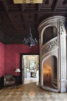 I can't imagine this in anything other than the Queens apartments in a gorgeous castle....Guess I need a castle!