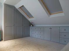 Attic Loft, Loft Room, Attic Rooms, Bedroom Loft, Diy Bedroom, Bedroom Furniture, Bedroom Ideas, Trendy Bedroom, Attic House