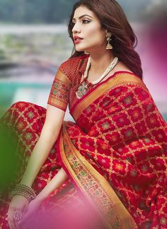 Sareetag Red Latest festive Wear Designer Jacquard Silk Saree – SareeTag