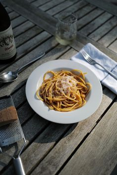 Hurricane Party, Piedmont Region, Sauteed Shrimp, Tropical Fruits, Italian Cooking, Wooden Bowls, A Food, Food Processor Recipes, Spaghetti