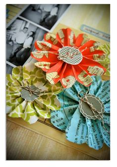 Paper flowers - DIY http://lisadickinson.typepad.com/gettin_by/2010/03/tattered-flower-tutorial.html#