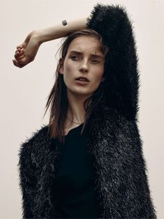 Femkejournal: Julia Bergshoeff by Gregory Saglio for Vogue...