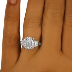 The Princesa Ring- 4+ carats in white gold. Should The Hubs be looking to get me a gift. =-P