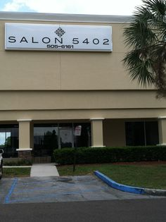 A great place in Gainesville Florida to get your hair done!  Read my Blog and see the inside of Salon 5402 b4 you go. Tell Jeff, Debbie sent you and that you read about him in the Blog!