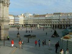 A Coruña, Spain http://1.bp.blogspot.com/-HRPb9SKU09A/UD0io26WaQI/AAAAAAAABC0/b6gJ_cYI0Ko/s1600/plaza%2Baaaa.jpg