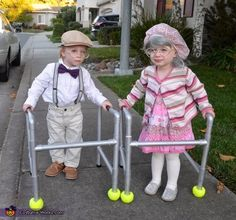 Herbert and Hilda - Halloween Costume Contest at Costume-Works.com  sc 1 st  Pinterest & Easy DIY Adorable Twin Old Ladies | Pinterest | Costumes Galleries ...