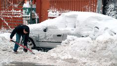 How to prepare for a #blizzard -- keep your family ready with these tips. #winter #weather