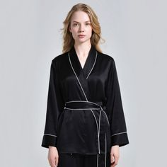 pure mulberry silk women's pajamas top sleepwear, with adjustable belt for easy adjustment of comfort and contrast trim for added elegance and luxury! Plus Size Sleepwear, Silk Sleepwear, Silk Pajamas, Nightwear, Black Skirt Outfits, Winter Skirt Outfit, Silk Chemise, Pajama Top, Mantel