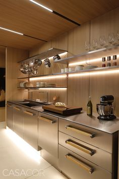 Syshaus by Studio Arthur Casas Kitchen Dinning Room, Rustic Kitchen Cabinets, Kitchen Sets, Home Decor Kitchen, Country Kitchen, Morden Kitchen Design, Dirty Kitchen Design, Pantry Design, Kitchen Pictures