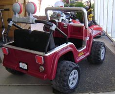 A great guide to cleaning and repainting power wheels. Power Wheels Quad, Custom Power Wheels, Little Tykes, Alesso, Fun Arts And Crafts, Kids Ride On, Diy Craft Projects, Diy For Kids, Kids Playing