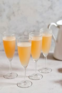 5 Italian Cocktails Perfect for Aperitivo - Great Italian Chefs Italian Cocktails, Holiday Cocktails, Summer Cocktails, Italian Chef, Italian Recipes, Yes Way Rose, Frozen Rose, Rose Cocktail, Non Alcoholic Drinks