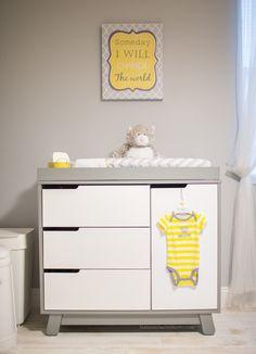 Quarto de bebê Cinza, Branco e Amarelo