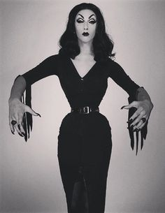 """VioletChachki: Vampira is running amuck in Hollywood tonight. All is right with the world """
