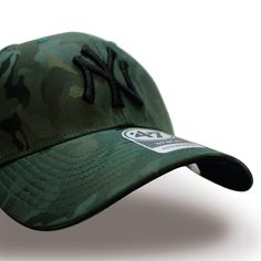 e253abe53ebd4 This 47 brand baseball cap have camouflage color. Is a good New York  Yankees MLB