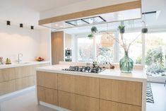 Home - NB Interieurwerken Kitchen Layout, Diy Kitchen Decor, Plywood Kitchen, Contemporary Kitchen, Home Kitchens, Dream Kitchens Design, Kitchen Interior, Fall Kitchen Decor, Kitchen Inspirations