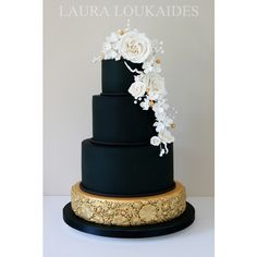 Black And Gold Wedding Cake ❤ liked on Polyvore featuring food and wedding