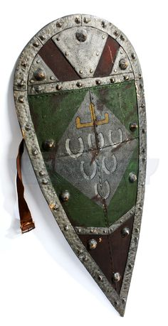 Robin Hood Prince Of Thieves Large Green Horseshoe Pattern Fiberglass Shield