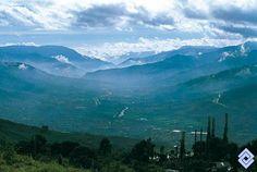 .::: Banco de Occidente :::. El Valle de Aburrá, por donde corre el río… Magdalena, Mountains, Nature, Travel, Shape, Western World, Deep, Banks, Colombia