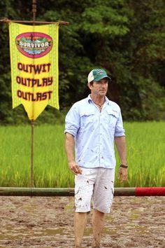 """Jeff Probst in the """"Survivor"""" season finale."""