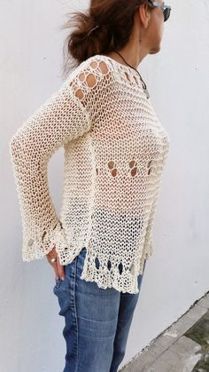 Loose cream sweater for women hand knit pullover por EstherTg Summer Knitting, Hand Knitting, Pull Grosse Maille, Elisa Cavaletti, Knitting Magazine, Knit Or Crochet, Handmade Clothes, Cream Sweater, Loose Sweater