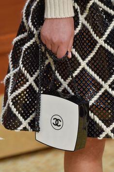 Chanel at Paris Fall 2015 (Details)
