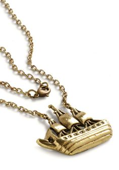 pretty vintage ship necklace