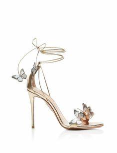 Fancy Shoes, Pretty Shoes, Beautiful Shoes, Cute Shoes, Me Too Shoes, Gorgeous Women, Mid Heel Sandals, Shoes Heels, High Heels Sandals